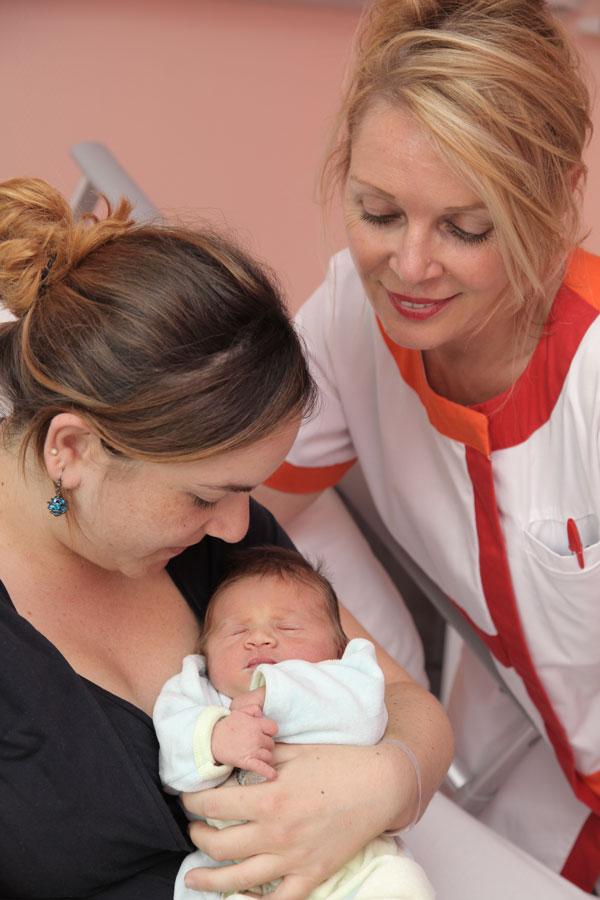 Accompagnement infirmière maternité Clinique Saint George Nice
