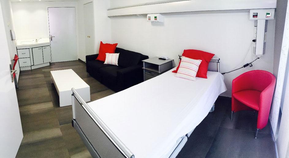 Chambre tout confort maternité Clinique Saint George Nice