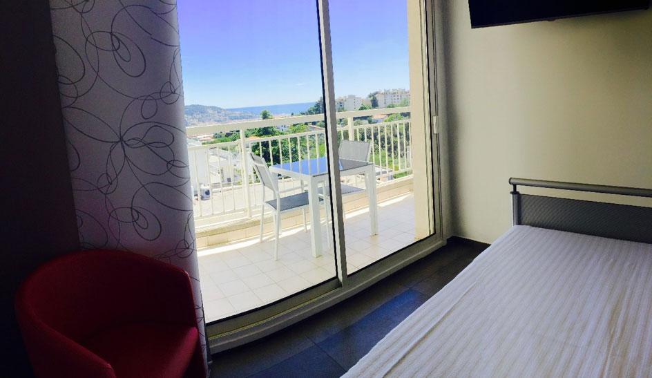 Vue mer chambre maternité Clinique Saint George Nice